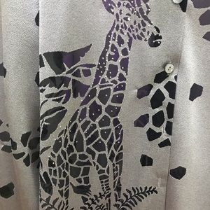 Grey Top with cool Animal detail